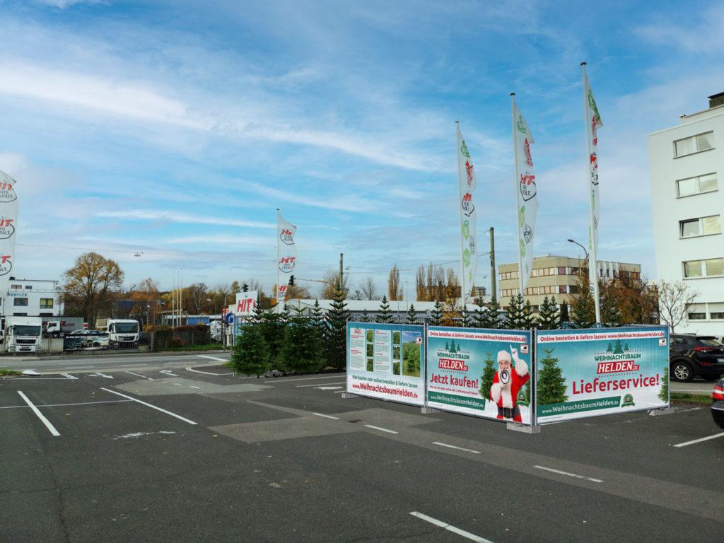 Weihnachtsbaum Helden Stand in Offenbach am Main